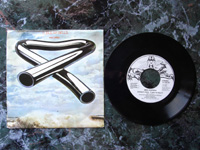 1974 Extract from Tubular Bells / Froggy Went A-Courting 13245-AT.