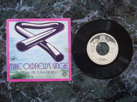1974 Mike Oldfield's Single / Froggy Went A-Courting VS101 (different label).